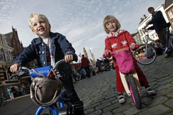 fietsers in Groningen 1